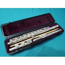 初學入門級Yamaha YFL-221 長笛 (二手)